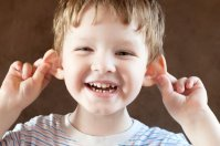 Chłopiec, uszy