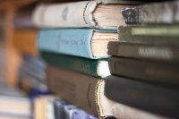 grzbiety książek