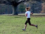 kobieta podczas biegania