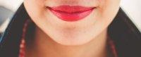 czerwone kobiece usta