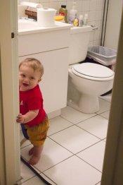 Dziecko w łazience