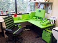 futurystyczne biurko młodzieżowe