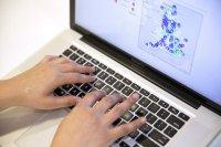 poszukiwanie informacji online